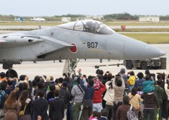 Some 20,000 visitors are expected to Naha Air Base to take a peek at JASDF equipment and activities on Sunday.