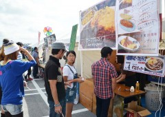 Many participating restaurants posted large photos of their creations on their stalls with explanations of the ingredients.