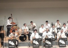 Okinawa Jazz Association big band will play a medley of jazz tunes from dixieland to modern in its Christmas Eve concert.