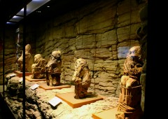 The exhibition features several Inca mummies from Andes.