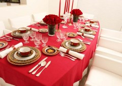 Gallery Sora willl host an exhibit to show the art of elegant catering.