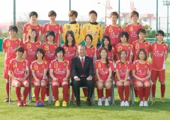 INAC Kobe Leonessa, Japan's most popular and most successful women's soccer team, is currently having a spring training camp in Tamagusuku, Nanjo City.