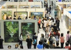 Visitors flock to view the annual Okiten art exhibition in Urasoe Art Museum.