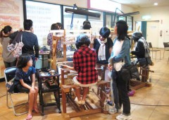 Handicraft demonstrations are held throughout the event.