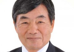 Nago Mayor Susumu Inamine promises to continue his fight against the Henoko plan although his backers lost one seat in the Sunday Nago Assembly election.