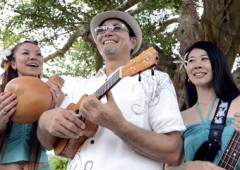 Johnny Ginowan and his Wale Wale has recently found his groove with Hawaiian ukulele music.