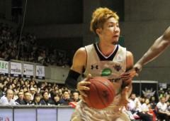 Ryuichi Kishimoto scored 10 points on Saturday and game leading 19 on Sunday.