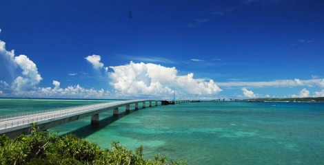 The 6,500-meter bridge seen from Miyako side.