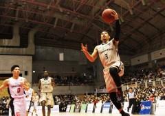 Narito Namizato aiming to score.