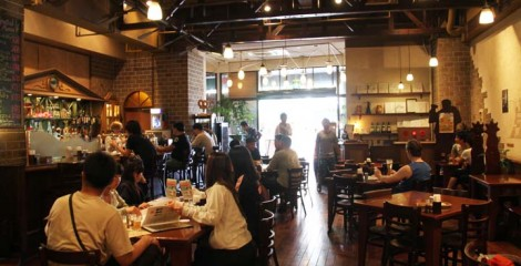 Helios Pub offers an oasis in the middle of the busiest Naha shopping district.