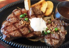 U.S. Angus beef steaks are the highlight meals at Cowboy Family restaurants, the first of which on Okinawa is now open at AEON Rycom Mall.