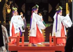 Nanmin Festival is the biggest festival of the year in the famed shrine.
