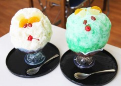 Restaurant Inamine's 'Shirokuma' and 'Kintoki' Zenzai are guaranteed to cool you down provided that you can eat it all!