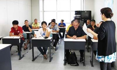 Fifteen students are accepted for the free classes.