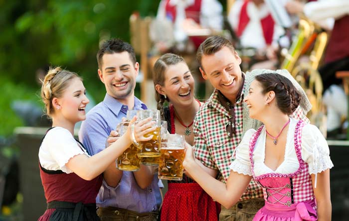 Suds will flow in the best Oktoberfest tradition in Mihama this Sunday.