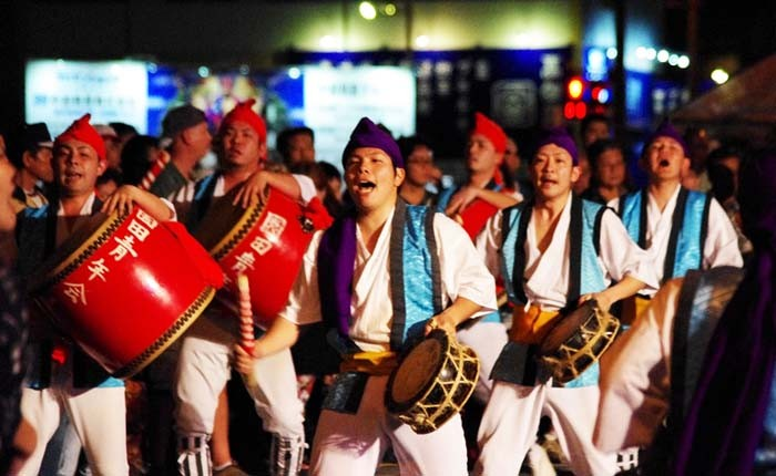 Sonda Eisa is one of the best known Eisa groups on Okinawa that performs in events both on Okinawa and overseas.