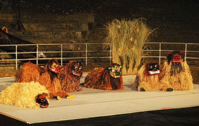 Legend says lions were common on Okinawa once in the distant past, and most of them lived in Uruma City.