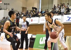 The Kings won both of their games against Kanazawa Samuraiz.