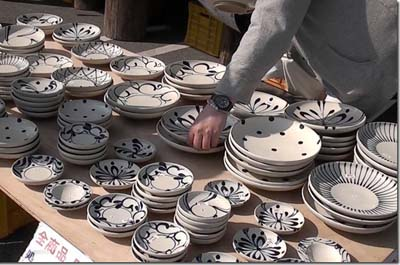 The fair concentrates on ceramics meant for daily use.
