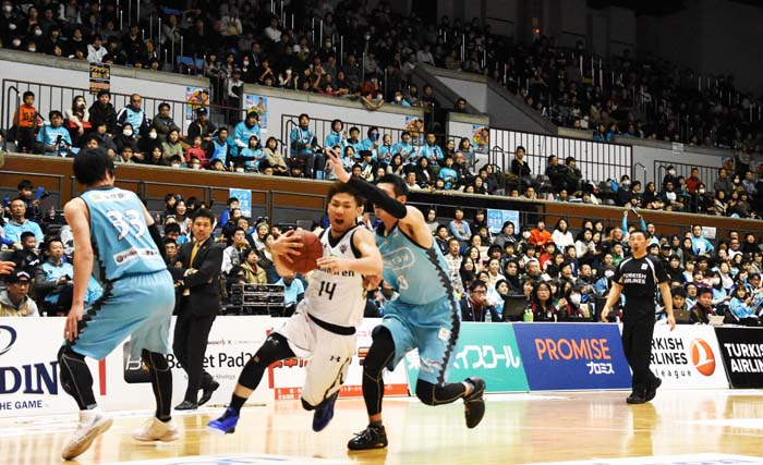 Ryuichi Kishimoto #14 was on fire against Kyoto on Saturday.