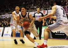 The Golden Kings won Saturday's game 101-80 but lost on Sunday 81-88.