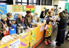 Nago International Association home cooked food fair is a very popular event.