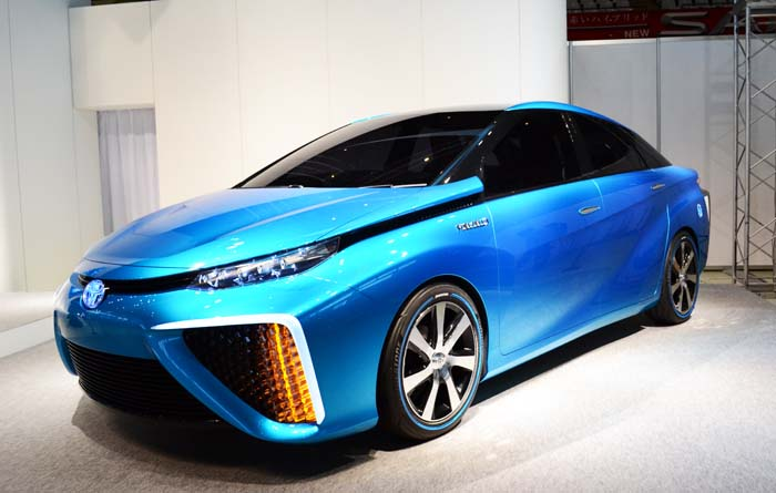 The first massproduced fuel cell vehicle in the world, Toyota FCV Plus.