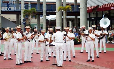 JGSDF Brigade Band parades at the mall area on Sunday.