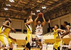 The Kings' guard Shigeyuki Kinjo put in a hard day's work on Sunday.