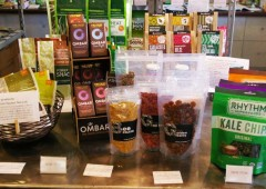 Most popular items in the shop include oji berry, olden berry, pink salt, and bee pollen.