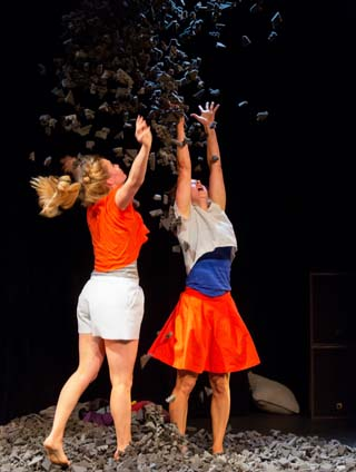 'Petites furies' is a Belgian dance show about anger and friendship. (Photo Nicolas Bomal - Province de Liège)