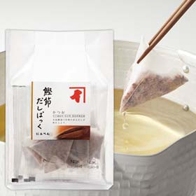 Bonito flake bag is used like a teabag as an easy way to make soup stock (dashi).