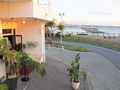The restaurant is located at Sunabe Sea-wall. Free parking is in front.