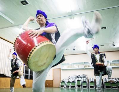 Miyagi eisa group practices year round.