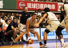Ryukyu Golden Kings faced George Washington University Colonials in Sunday friendship game that was also the first test for the new Kings team.