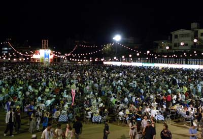 Orion Beer Festival is held on the open field at the same time and next to All Okinawa Eisa Festival.