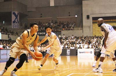 Naoki Tashiro (#24) is also new to the team.