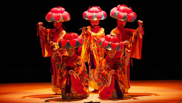 The musical offers 60 minutes packed with the best dance and music of Okinawa.