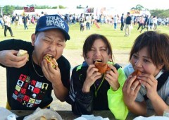Selecting the 'Best Burger on Okinawa' is serious business in Ginoza this Sunday.